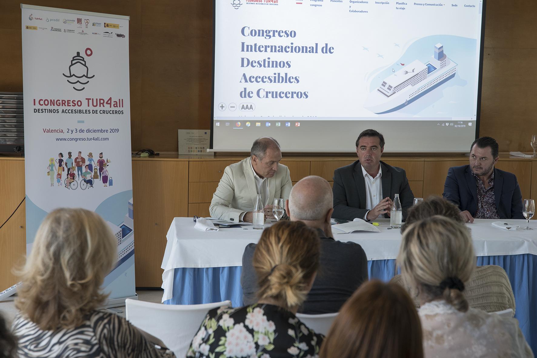 Henrick Campos- Antonio Bernabé-presentacion-congreso-valencia-en-octubre